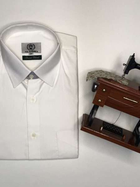 viaandrea camisa via andrea manga curta com bolso corte tradicional copia azul medio 5