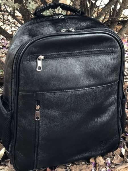 viaandrea mochila em couro com porta notebook 11