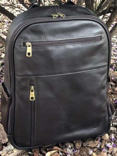 viaandrea mochila em couro com porta notebook 6